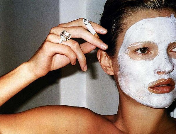 kate-moss-face-mask