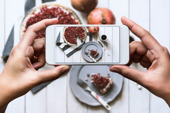 1603w-getty-instagram-food-photo-trend